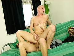 This gay boy has been looking for fresh cock, and this blindfolded hunk is perfect.