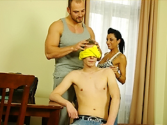 An unknowing kid lets a hunk suck his stick before taking off the blindfold.