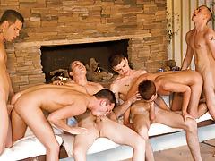 Jeremy licks away leaving Scottie's hole begging for more!