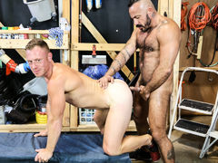 Alessio's coworker Saxon is about to go home but wants to see if Alessio has fucked the new guy. Saxon already knows the answer (which is yes) but asks anyway and Alessio compresses him in on some details. However, Alessio would rather fuck his ass again.