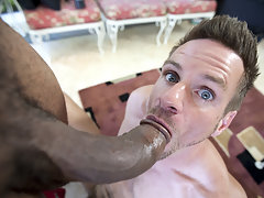 More than just a mouthful for this hot guy